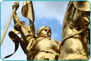 A bronze statue of Joan of Arc